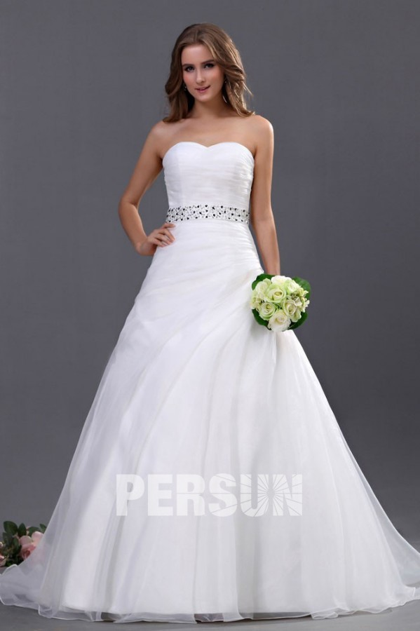 robe de mariée trompette simple bustier coeur taille embelli de sequin noire