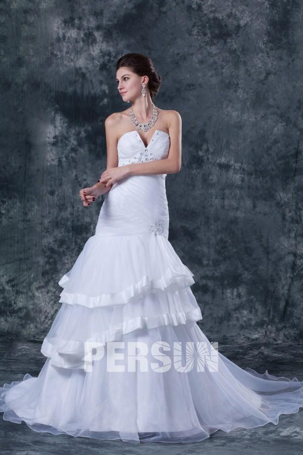 Robe de mariée sexy bustier décolleté en cœur ornée de paillette et ruché