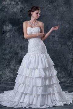 Robe de mariée bustier décolleté en cœur en taffetas Ligne A