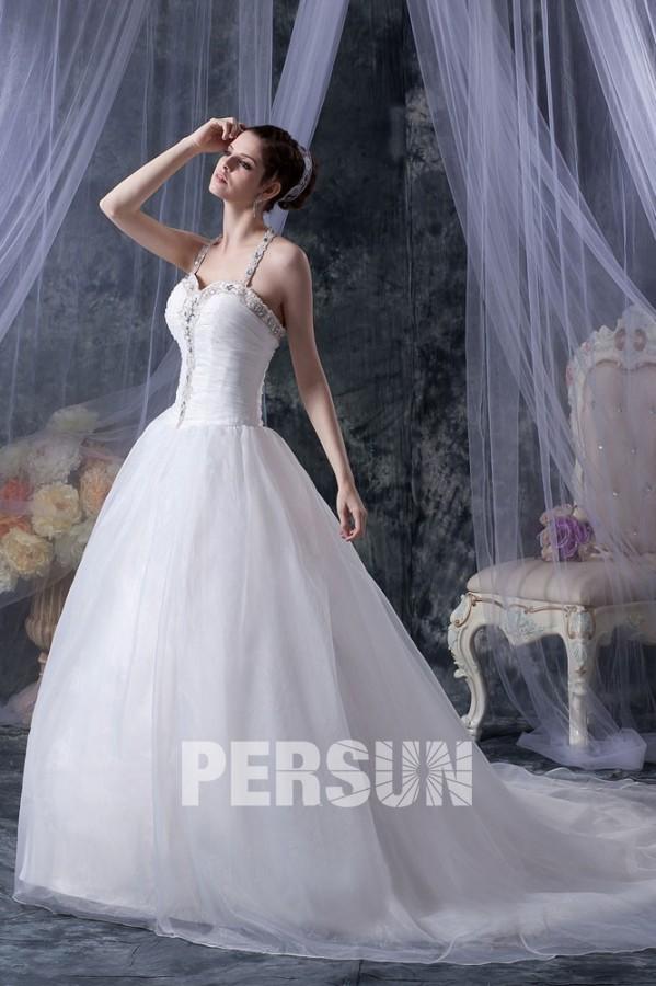 robe de mari e princesse d collet en c ur avec bretelle au cou orn e de strass. Black Bedroom Furniture Sets. Home Design Ideas