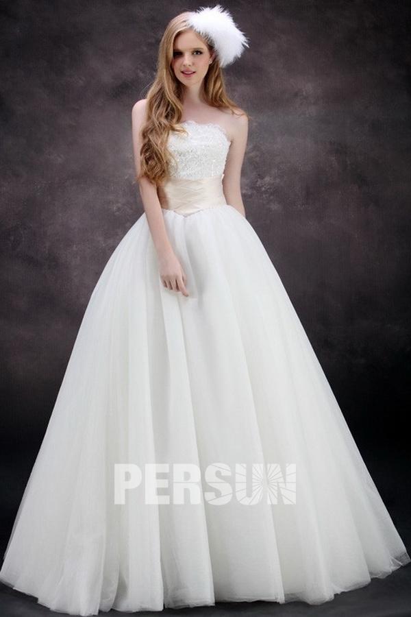 robe de mariée princesse en tulle avec ceinture