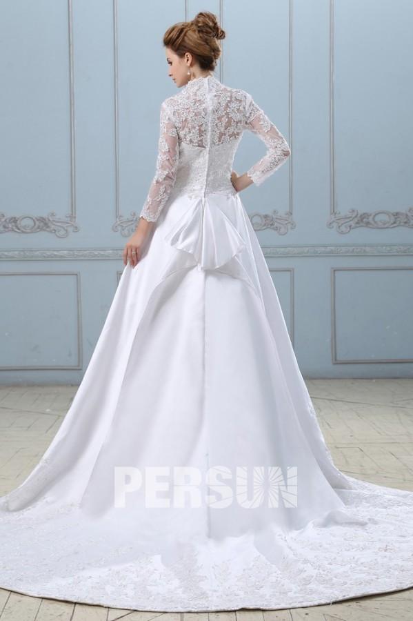 robe de mari e dentelle d collet en v avec manches longues. Black Bedroom Furniture Sets. Home Design Ideas