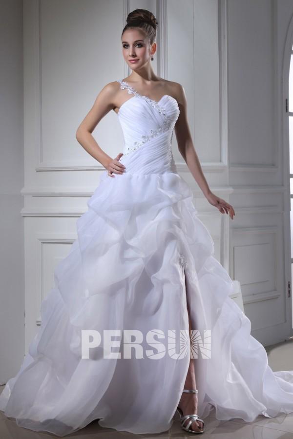 robe de mariée princesse fendue asymétrique bustier plissé jupe brouillonné