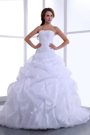Robe de mariée princesse bustier cœur sans bretelle en organza