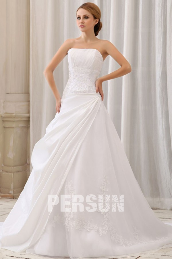robe de mariée bustier droit en taffetas