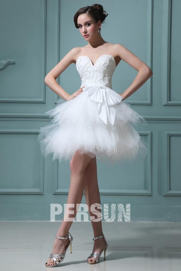 mini robe mariée bustier coeur à jupe évasée
