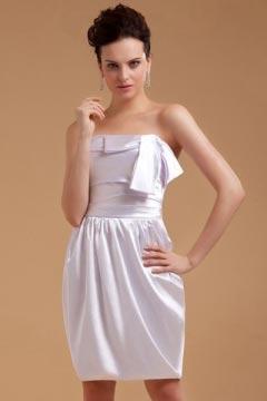 Robe de soirée bustier blanche en satin courte