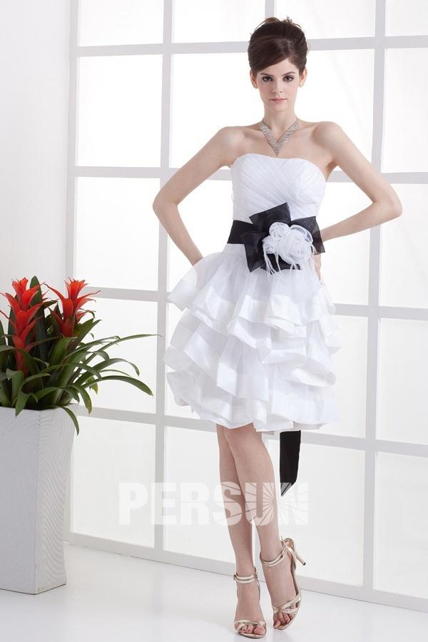 Robe de mariée ligne A décolleté en cœur en organza