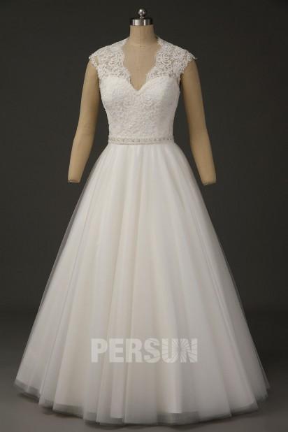 Juliette : Robe de mariée vintage princesse encolure festonnée en V