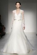 Chic A-Linie V-Ausschnitt Ivory Brautkleider aus Organza mit langen Ärmeln