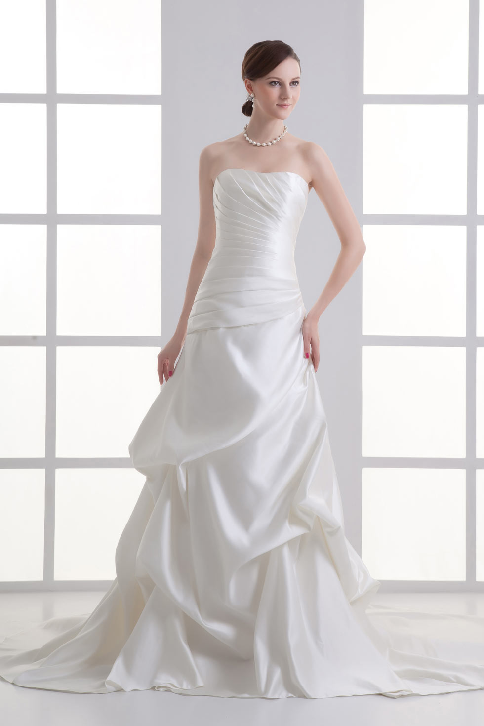 robe de mariée trompette bustier plissé jupe brouillonnée