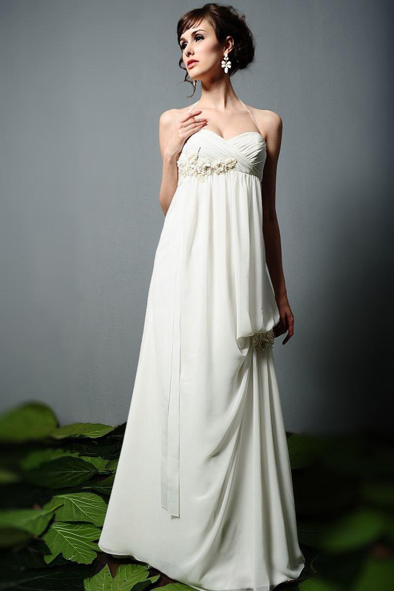 robe de mariée enceinte simple empire col halter bustier plissé embelli de fleurs