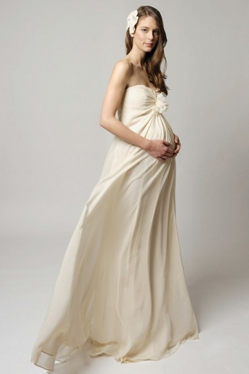 Robe mariée enceinte 7 mois empire simple ceinture cousue de strass
