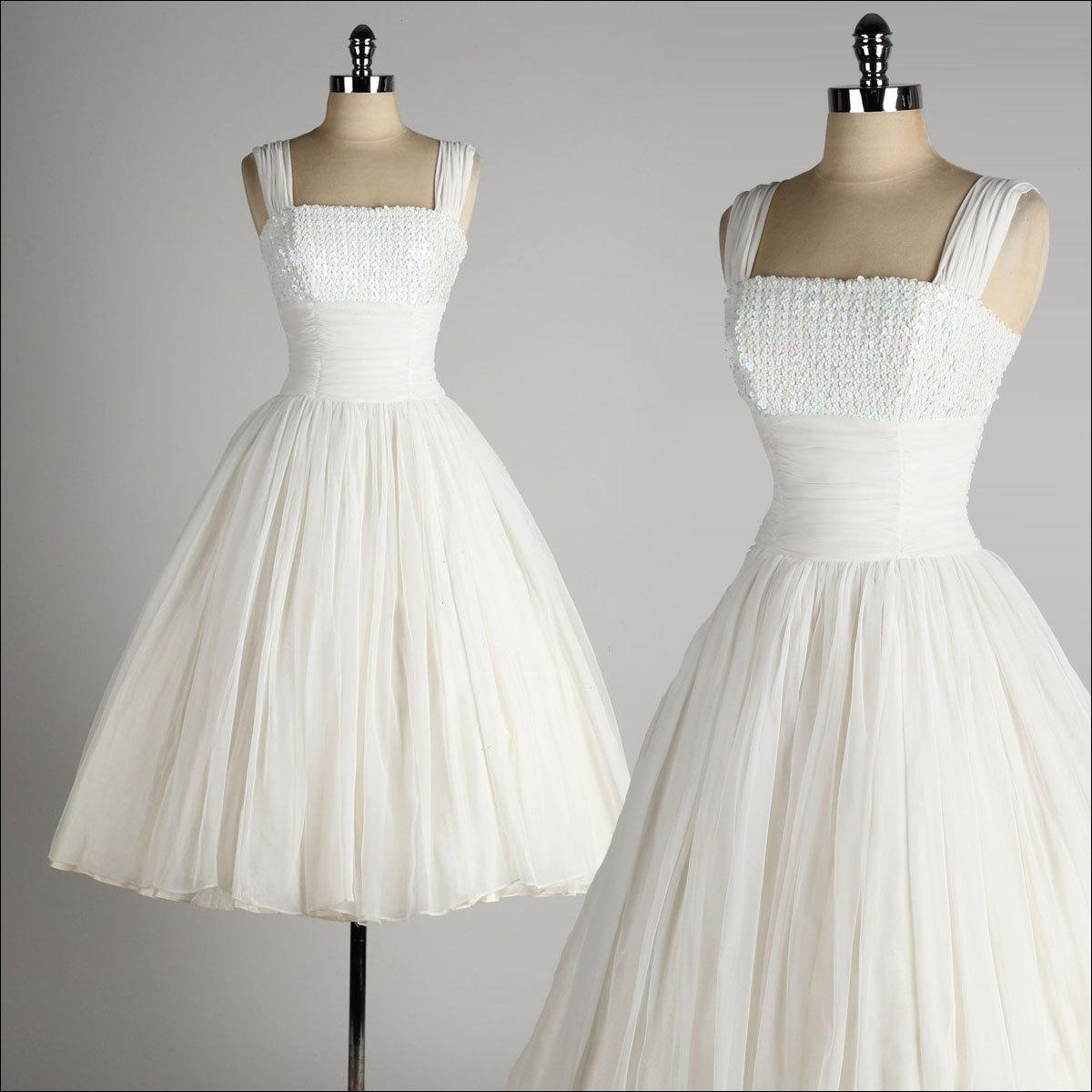 Vintage Wedding Dresses Michigan: Robe Courte Vintage De Fiançailles à Col Carré Brodée De