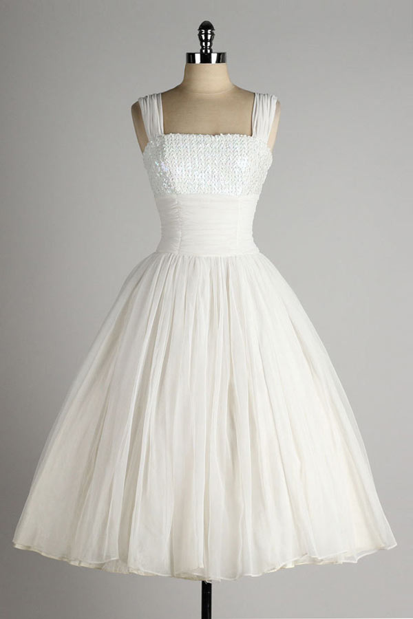 robe de mariée princesse mi-longue col carré embelli de sequins