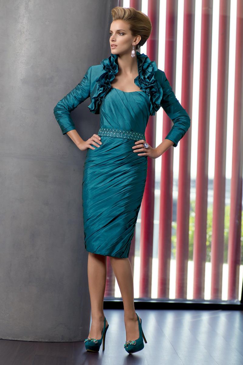 robe mère de mariée fourreau verte bustier vague avec ceinture strassé
