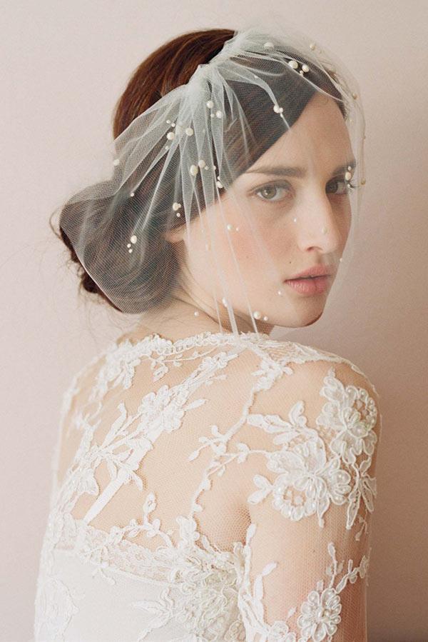 voilette mariée en tulle souple appliqué de perles