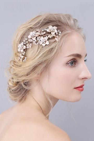 Coiffe mariée dorée avec fleurs & strass