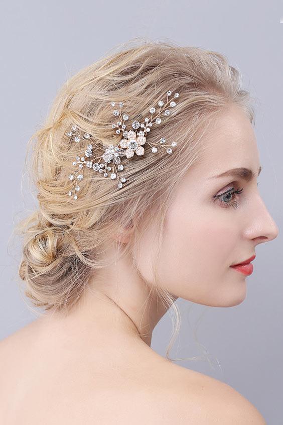 accessoire-coiffure-pour-la-mariee-fleur