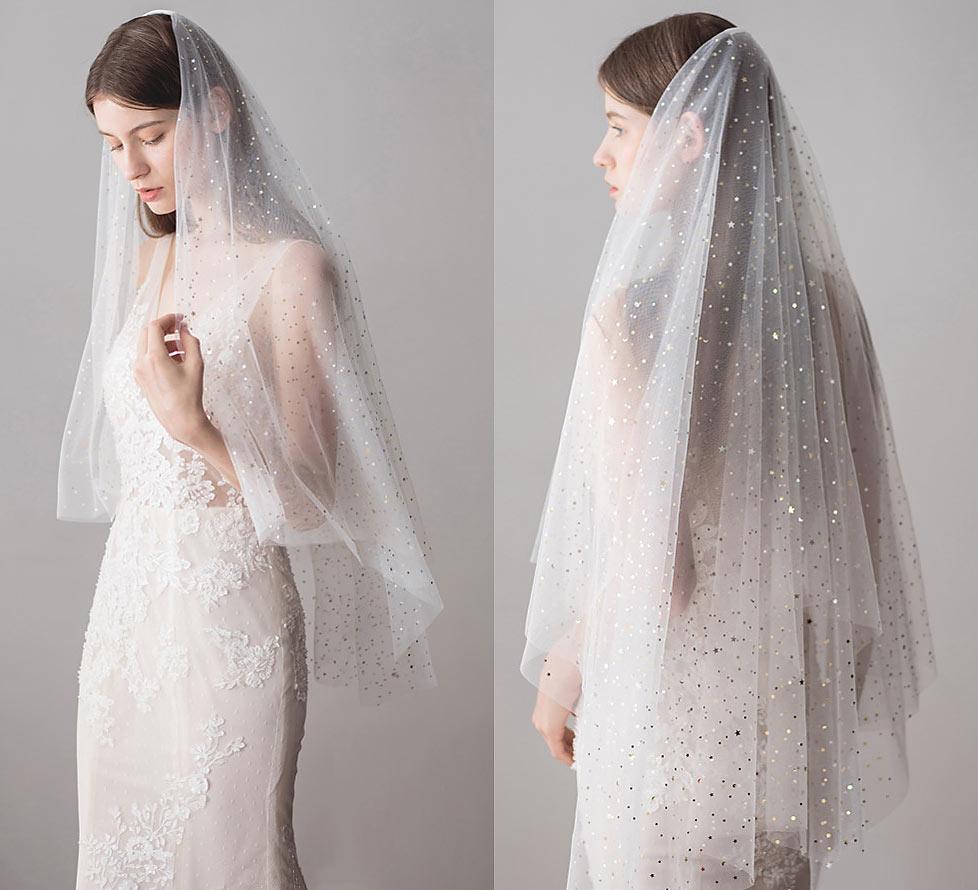 voile de mariage embelli de sequins de étoile et lune