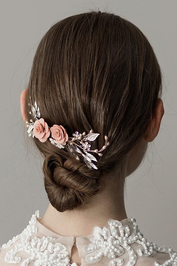 peigne de mariée vintage embelli de fleurs et de perles