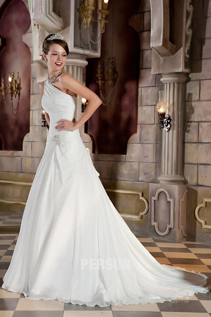 Robe de mariage 2014 à encolure asymétrique
