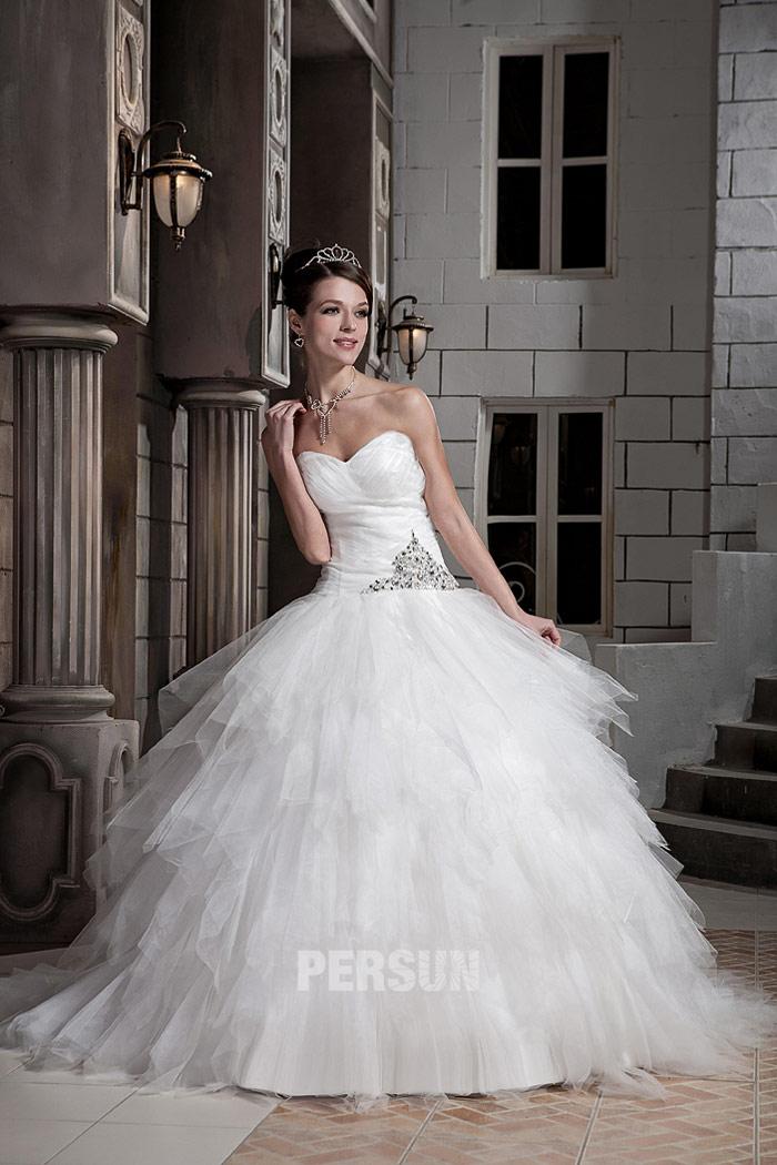 da8df84e069 Robe princesse décolleté en cœur avec jupe bouffante - Persun.fr
