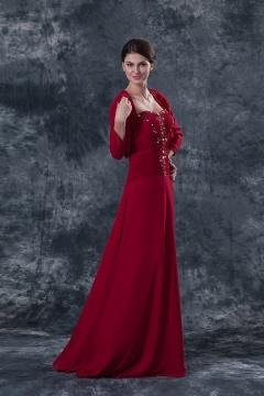 Robe de soirée rouge bustier cœur ornée de bijoux