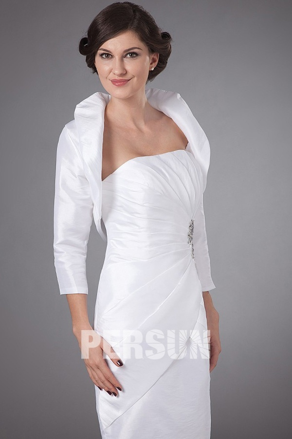 simple robe fourreau blanche pour concert