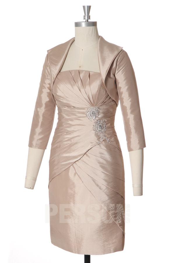 Robe rose pâle fourreau courte bustier plissé pour mère de mariée