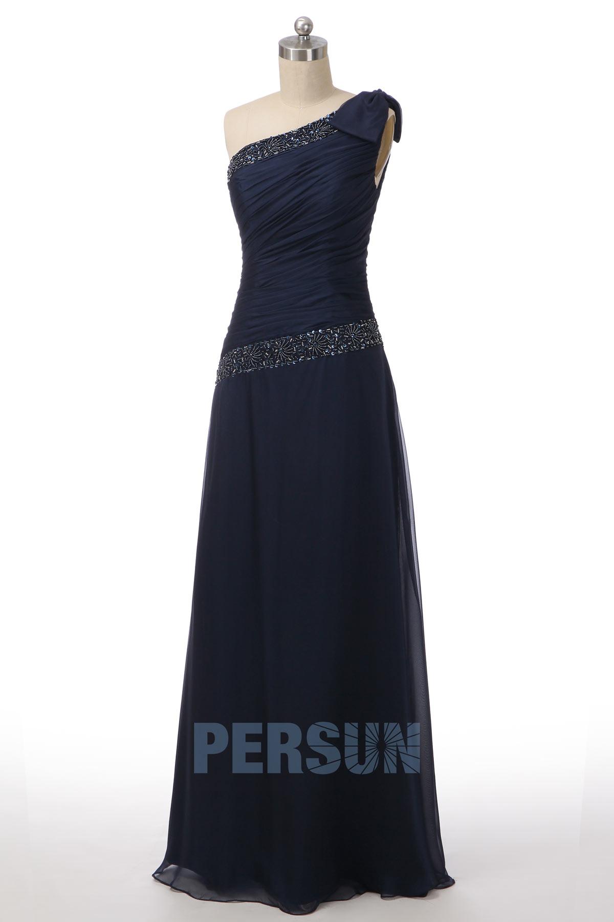 robe de soirée longue bleu nuit asymétrique embelli de strass