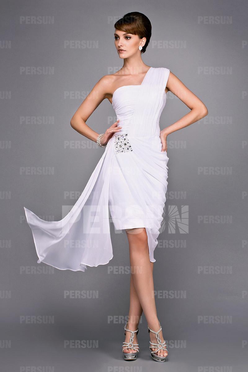Robe asymétrique blanche drapé pour mère à mariage