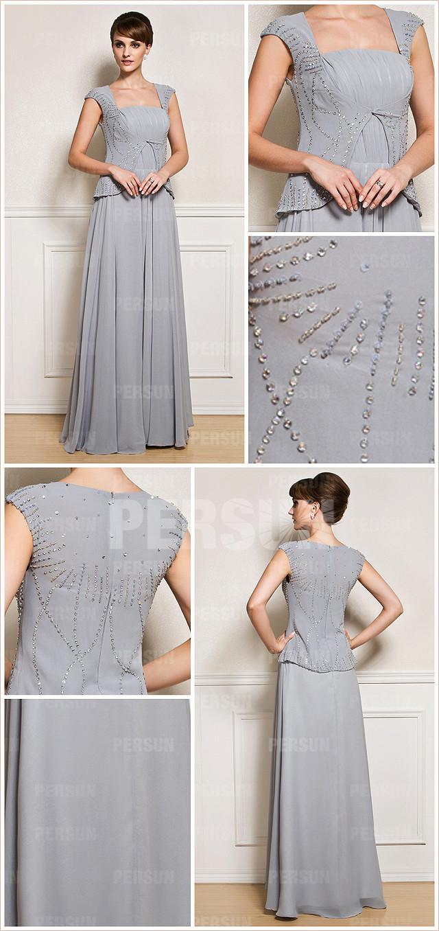 longue robe gris à col carré
