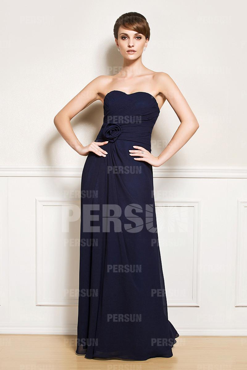 Simple robe longue à bustier cœur
