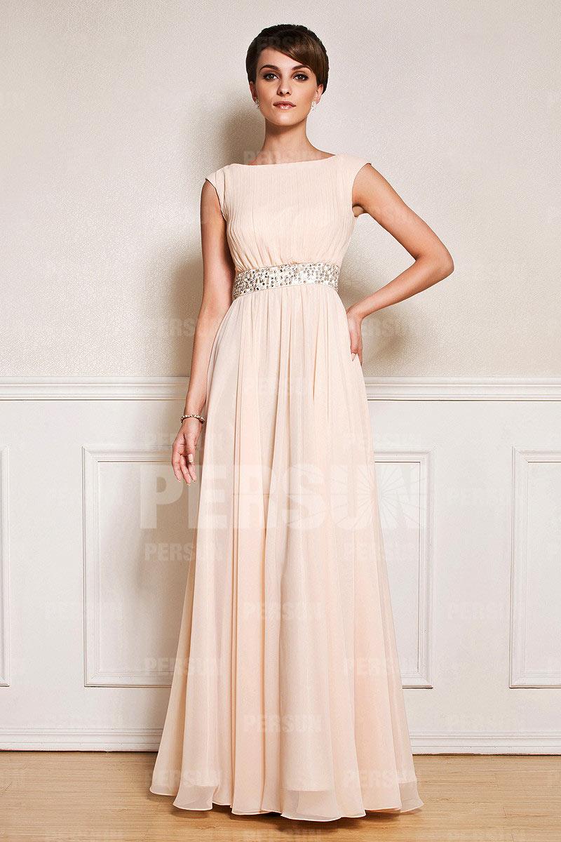 robe mère de mariée élégante longue nude col bateau taille ornée de strass