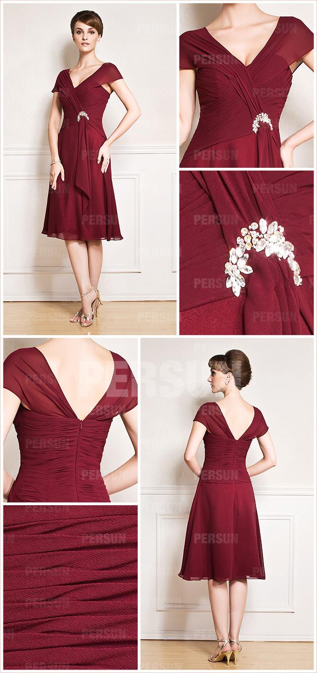 robe courte carmin pour mère de la mariée