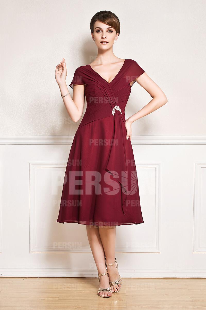 robe mère de la mariée simple bordeaux col v manche courte bustier plissé