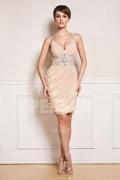 Sexy robe courte décolletée ornée de strass
