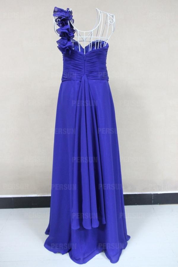 Robe soirée bleue plissée épaule asymétrique en mousseline