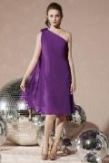 Etui-Linie Ein Schulter Knielanges Abendkleid aus Chiffon