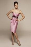 Schönes Etui-Linie Herz-Ausschnitt rosa Knielanges Brautjungfernkleider