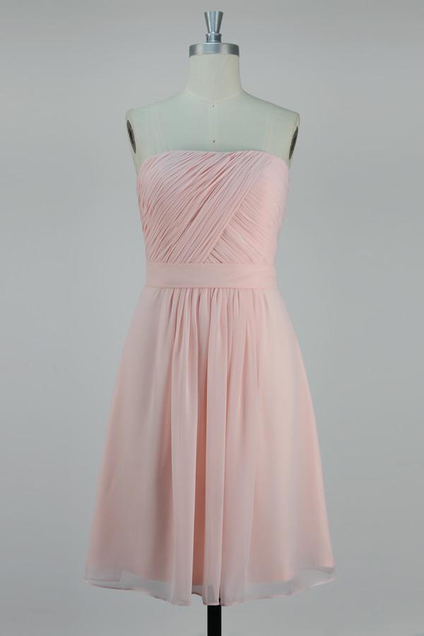Robe demoiselle d'honneur rose courte genoux bustier ruché