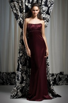 Robe demoiselle d'honneur bustier empire en satin bordeaux