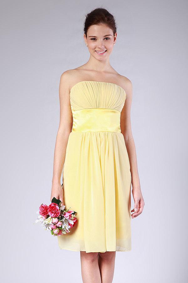 robe demoiselle d'honneur courte jaune bustier droit plissé