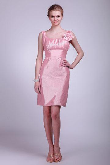Robe demoiselle d'honneur courte Colonne en taffetas rose poudre à col U
