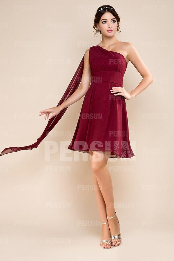 Robe courte demoiselle d'honneur à une épaule