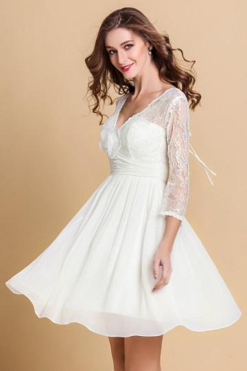 Robe de mariée courte à manche dentelle bohè