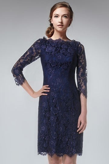 Robe de soirée courte dentelle bleu marine à manche mi longue