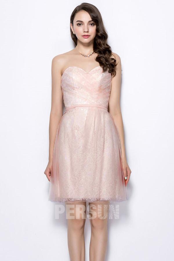 robe temoin mariage courte rose pastel en dentelle bustier coeur