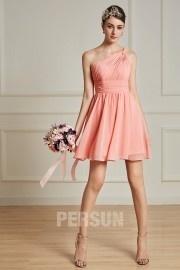 Petite robe corail orange asymétrique pour mariage